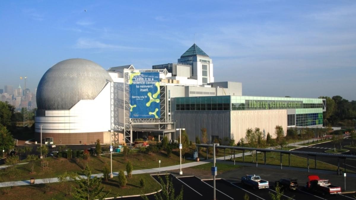 Immigration Reform >> Liberty Science Center Announces Planetarium Renovations | Congressman Albio Sires