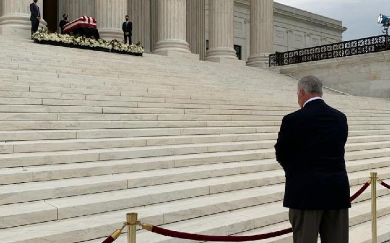 Congressman Sires pays his respects to Justice Ruth Bader Ginsburg
